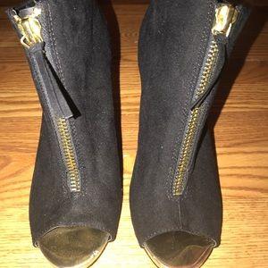 Black Peep Toe Heel